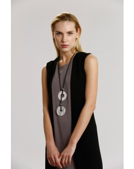Juliet Round Necklace- Black W Silver